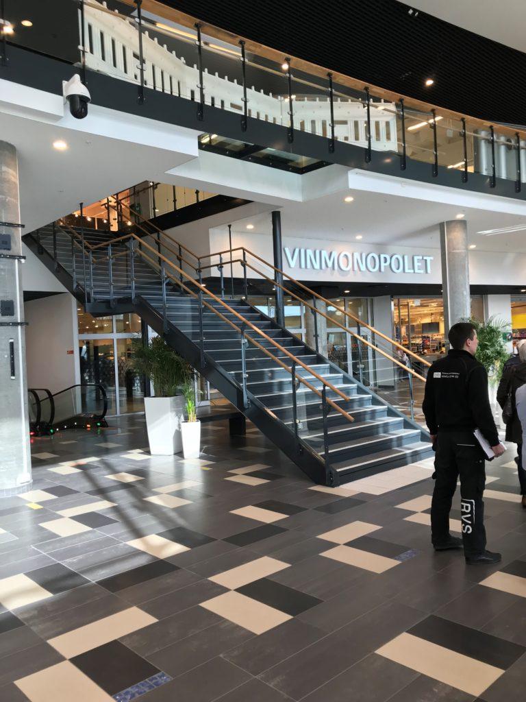 Etablere ny trapp på Vestby kjøpesenter